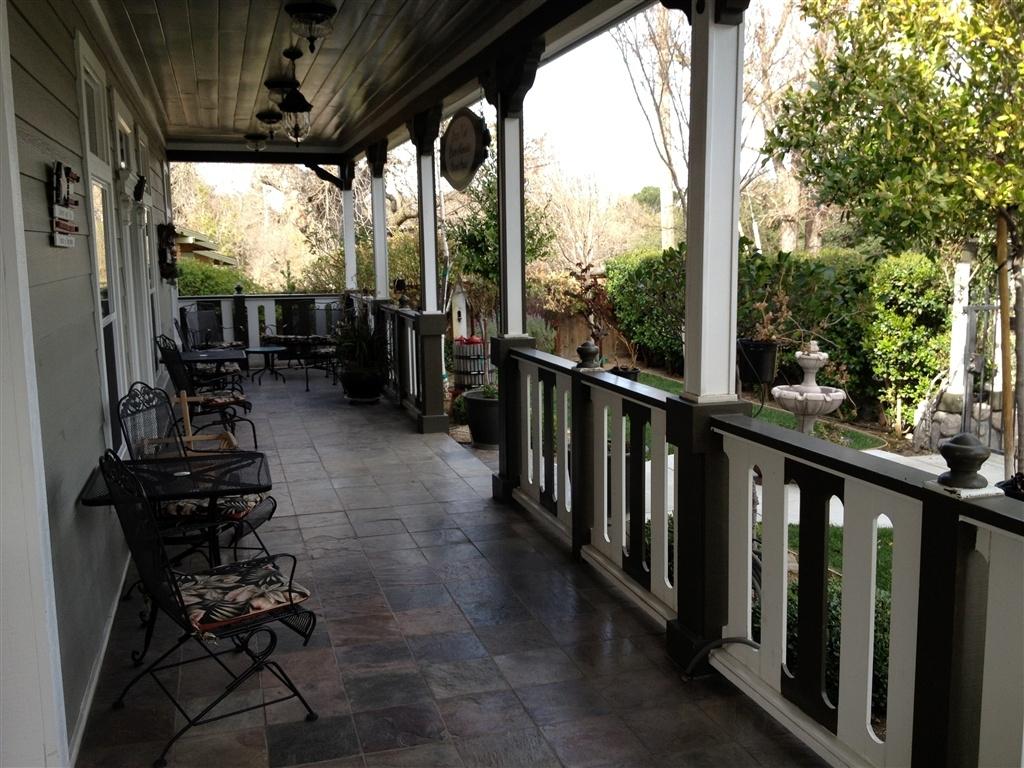 porch2.1024x0